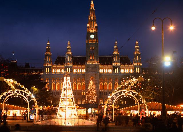 Piata de Craciun Praga Viena Dresda Autocar