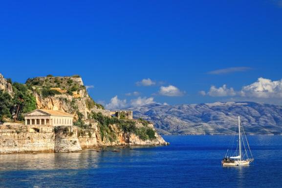 Templu elen, Insula Corfu, Grecia
