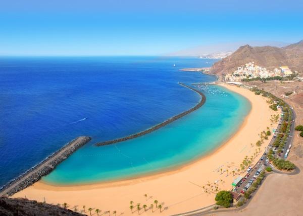 Plaja Las Teresitas in Santa Cruz, Tenerife, Insulele Canare