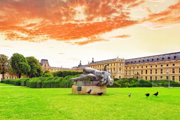 Muzeul Luvru, Jardin des Tuileries, Paris, Franta