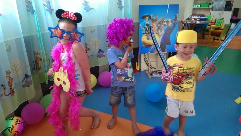 Copii distrandu-se la SuriClub, Hotel Belek Beach, Belek, Antalya, Turcia