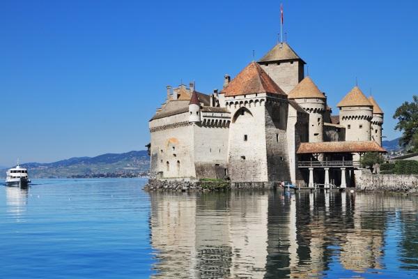 Chateau de Chillon, Lacul Geneva, Elvetia